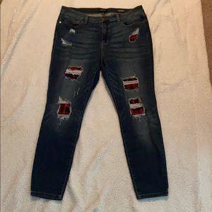 Judy Blue Buffalo Plaid Distressed Skinny Jean
